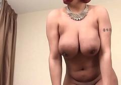 Mature ebony tranny strokes her cock