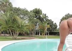 Spoils latina tgirl tugging hard cock poolside - DickGirls.xyz