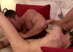 Blonde lady-man Nina Black hat ass pounded and jizzed by Pinch