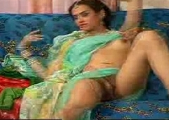 indian she male in saree