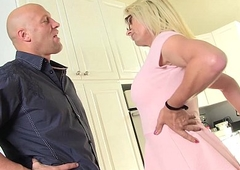 lord it over blonde MILF Jenna Ranee acquires barebacked