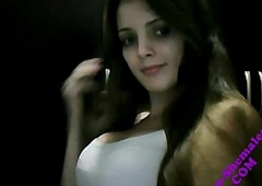 LEO-SHEMALES- Teen Shemale Rapha Brazilian Petit Perfect Setting up Transsex